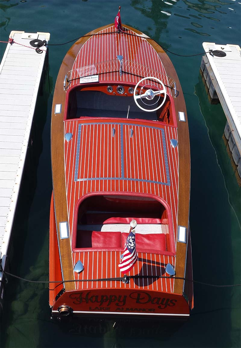 chris craft racing runabout 19 1952 happy days sold