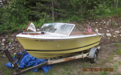 Century Resorter 18′ 1973 – $18,750 REDUCED $11,500!