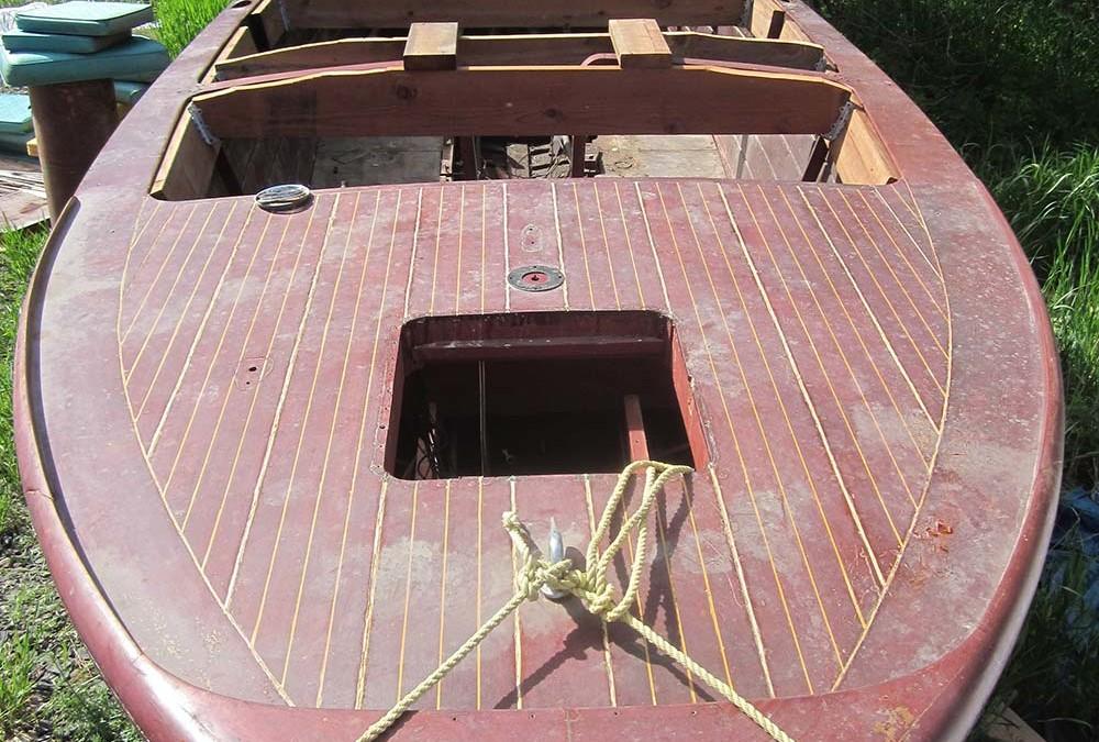 U-22 Chris Craft 1946 SOLD – full restoration