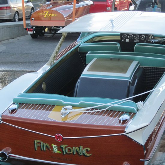 <i>Fin & Tonic</i> – 1961 Chris Craft Continental 21′ Hardtop