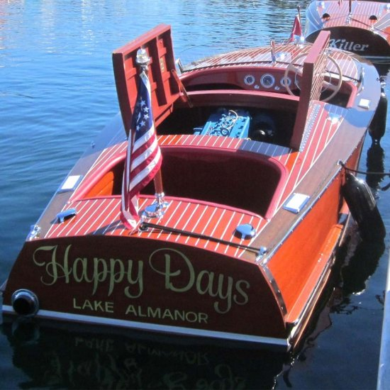 <i>Happy Days</i> 1952 CC 19' Racing Runabout Hull # R-19-415